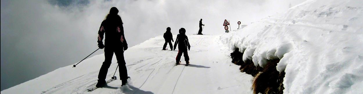 Skiongevallen vormen een grote kostenpost | Letselschade Test
